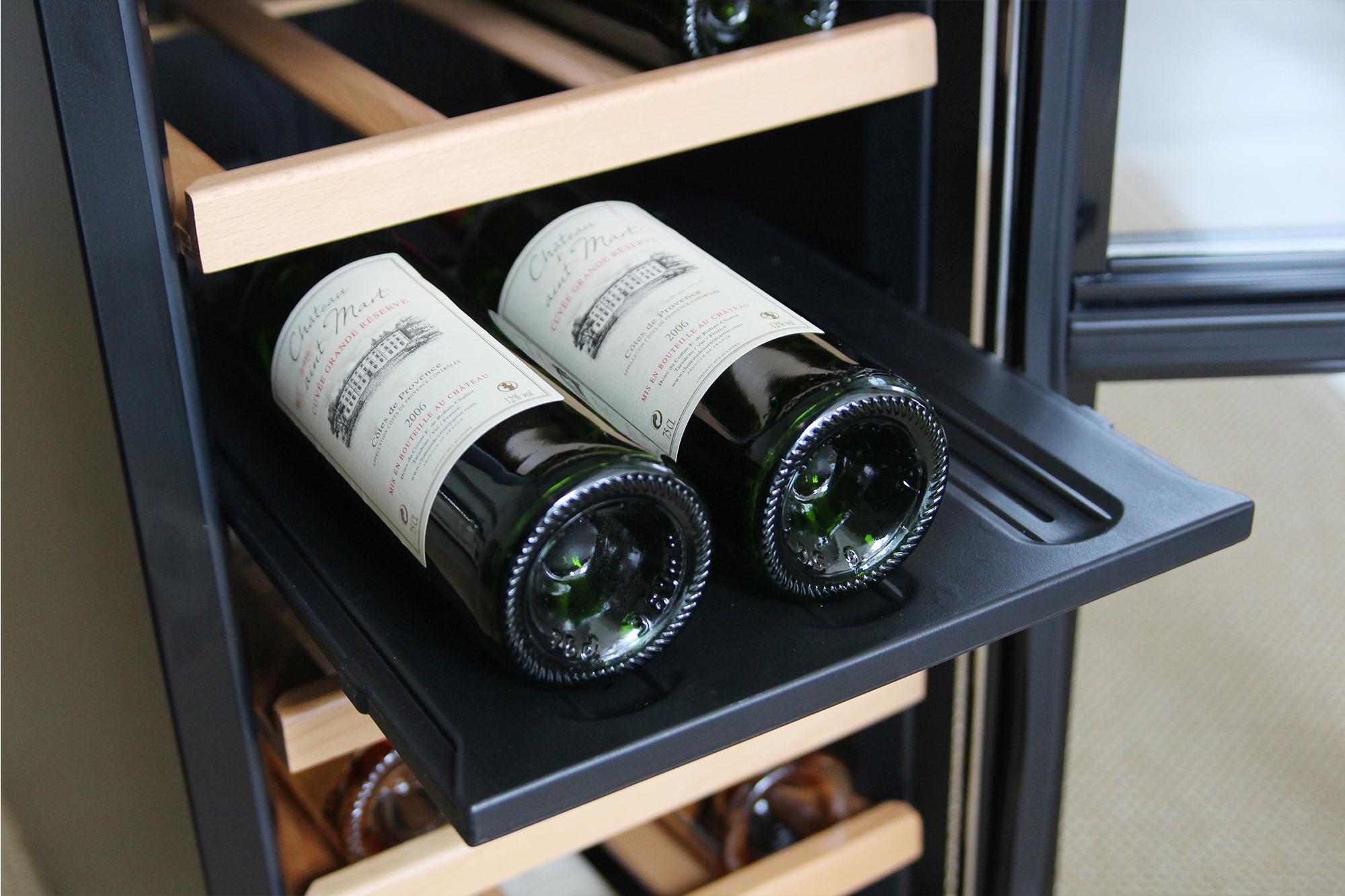 Fristående vinkyl - 24 flaskor - hyllor