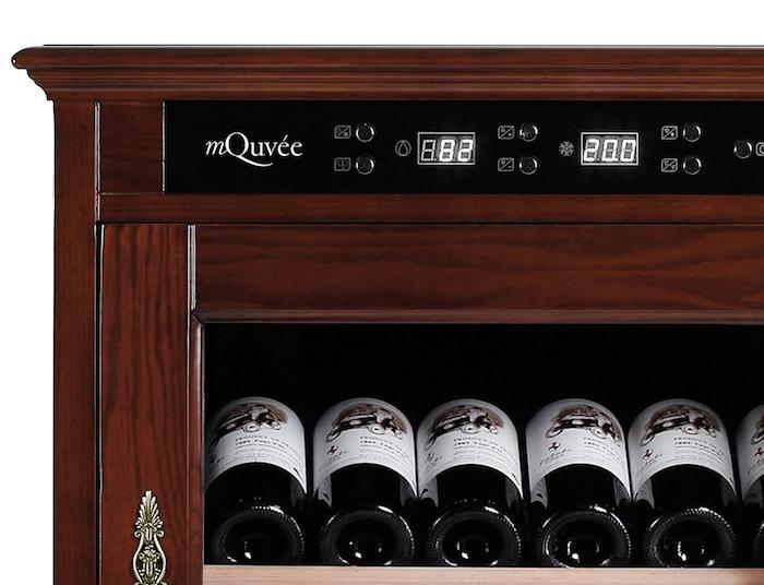mQuvée erbjuder ett vinlagringsskåp i solitt trä!