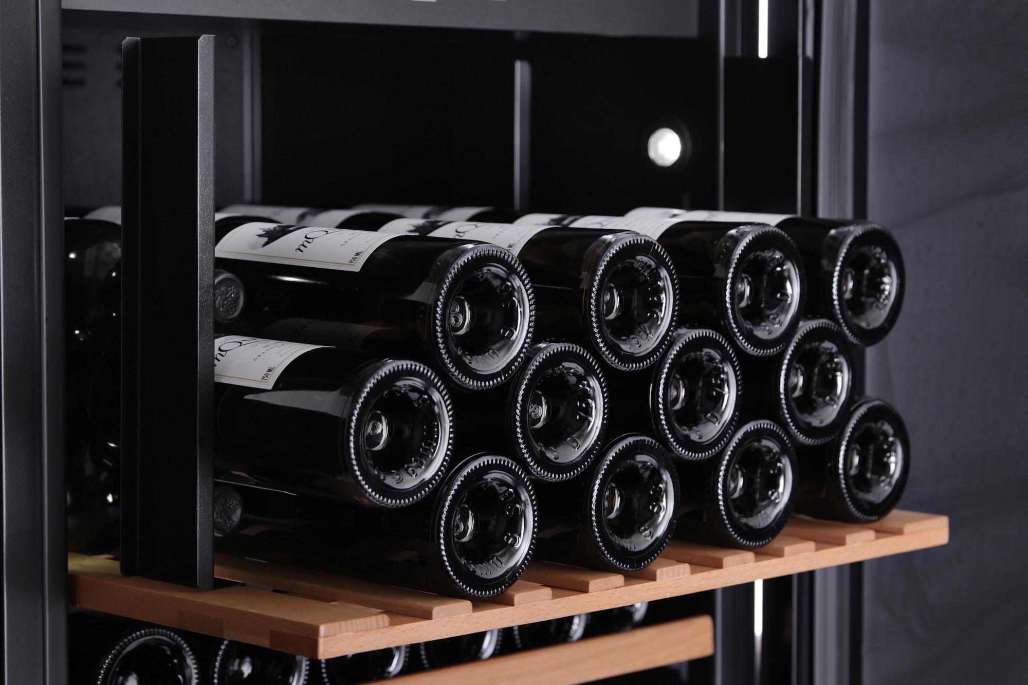 mQuvée  - WineStore 177 Black
