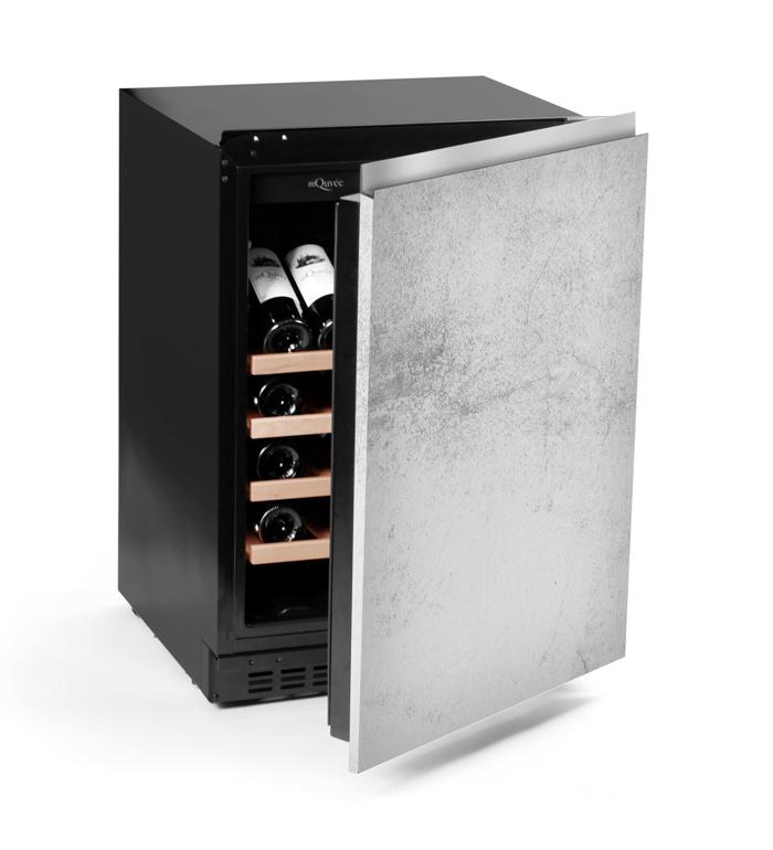 Liten helintegrerad vinkyl med technical door