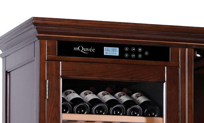 Massivt vinlagringsskåp i brun design - display