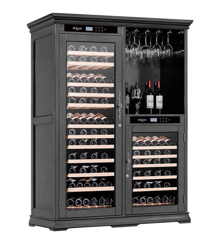 Pampigt vinlagringsskåp från American Oak i svart